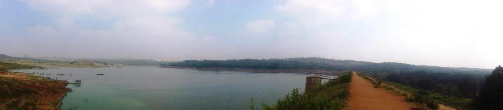 Urban Valley Lake