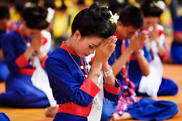 Thai greetings this labyrinth i roam thai wai m4hsunfo