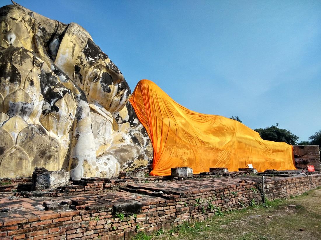 Wat Lokayasutharam Ayutthaya Historical Park